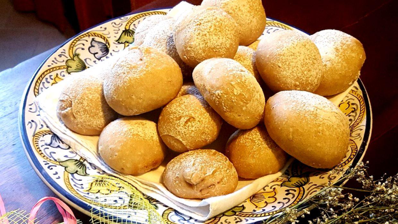 Panini integrali con lievito di tibicos (grani d'acqua)